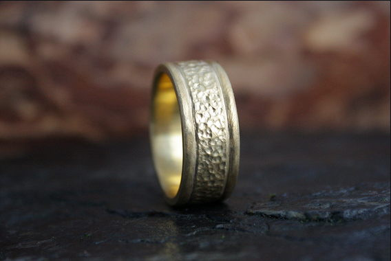 Wedding bands- Online Stores Are The Easiest And Excellent Way To The Selection